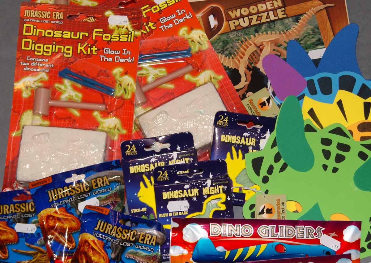 Pick up a souvenir dinosaur toy!